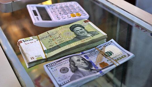 راغفر: قیمت دلار در داخل تعیین می شود