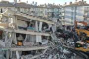 ببینید | اشکهای شوق گزارشگر و فرمانده آتشنشانی ازمیر برای نجات کودک ۳ ساله ۳ روز پس از زلزله
