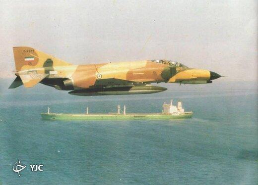 این خلبان ارتش، با جنگنده ای که یک بال داشت پرواز کرد +تصاویر