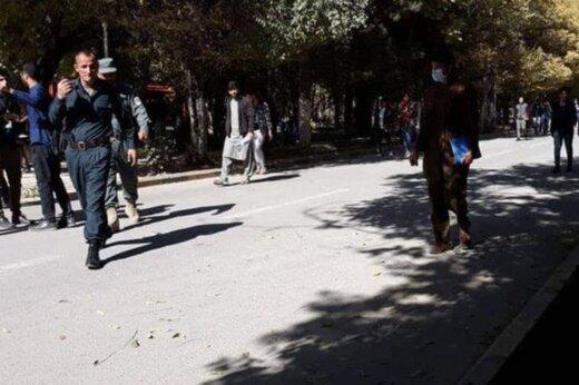 ببینید | وقوع انفجار و تیراندازی در نزدیک دانشگاه کابل