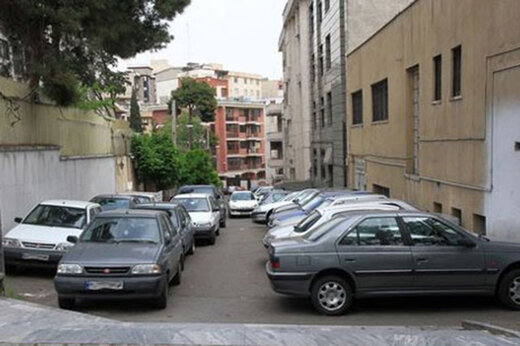 ببینید | فاجعه در پی پارک ماشین در اطراف کارگاه ساختمانی