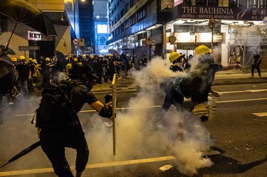 ببینید   ضرب و شتم شدید زنان معترض در پورتلند بعد از برگزاری انتخابات جنجالی آمریکا