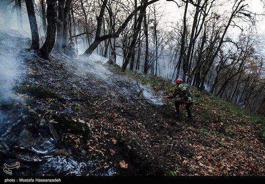 پنجمین روز اطفای حریق در جنگلهای گلستان