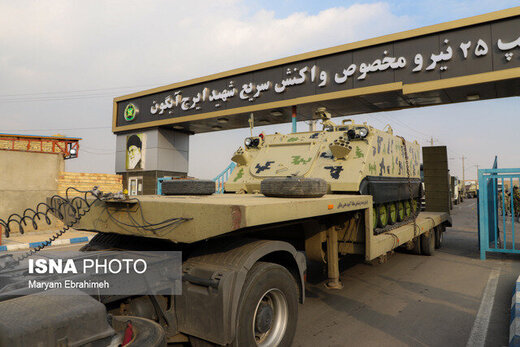 اعزام تجهیزات توپخانه ای و زرهی ارتش به مناطق مرزی نزدیک به قره باغ