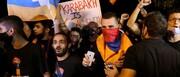 ببینید | معترضان خشمگین پارلمان را به اشغال خود در آوردند
