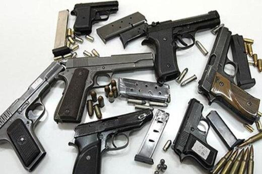 ببینید   نحوه انهدام ۵۰۰۰ قبضه اسلحه قاچاق در اقلیم کردستان عراق
