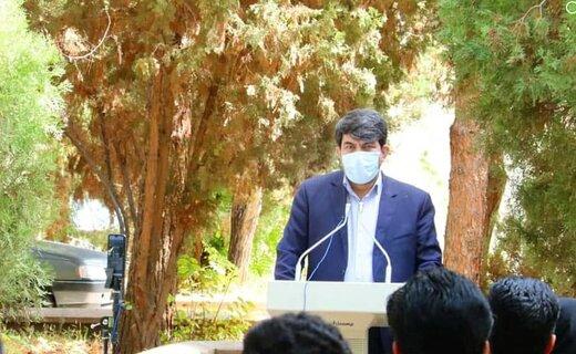 رعایت پروتکل های بهداشتی در استان یزد امیدوار کننده است/ در بحث انتقال آب مسئله پنهانی وجود ندارد