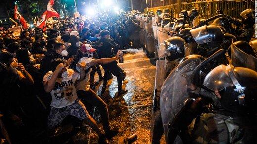 ببینید | لحظه وحشتناک اصابت مستقیم گاز اشکآور به یک معترض