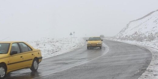 جاده چالوس تا غروب بسته است؛ کندی تردد در جادههای ۹ استان به دلیل برف و باران
