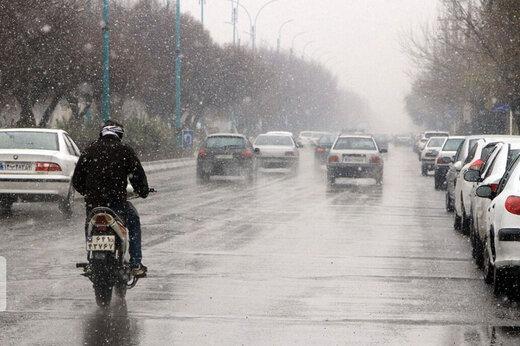 ببینید | بارش نخستین برف پاییزی در تهران