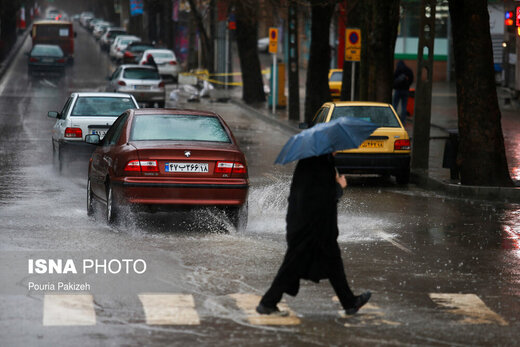بارش باران و وزش باد عصرگاهی در تهران<br>