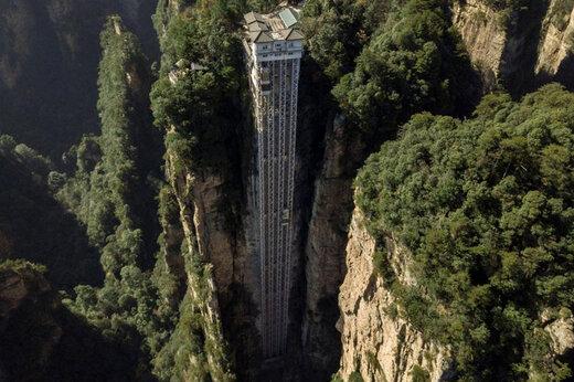 ببینید | رونمایی از بلندترین آسانسور در فضای باز جهان
