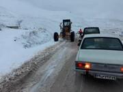 ببینید | غافلگیری مردم دهدز با بارش سنگین برف