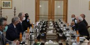 ظريف يؤكد على ضرورة رفع العقوبات الظالمة عن سوريا