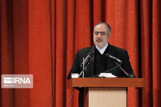 واکنش فوری حسام الدین آشنا به ناگفته های مهم ظریف در کلاب هاوس