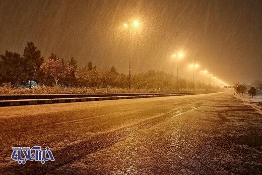 بارش برف در مشهد