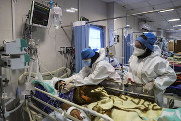 ببینید   تعداد مراجعین به بیمارستانها زیاد است، مردم به فکر خودشان باشند
