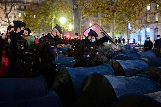 ببینید   خشونت وحشیانه پلیس فرانسه در مقابل مهاجران در پاریس