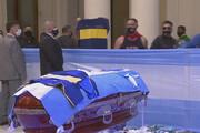 ببینید | تصویری از پیکر دیگو مارادونا در کاخ ریاست جمهوری آرژانتین