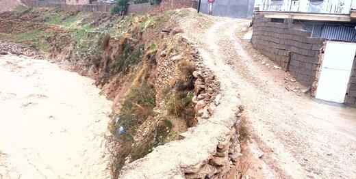 یک پروژه زخمی و خطر سیلاب در کمین منازل مسکونی قلعهرئیسی/راه ۱۵ روستا قطع شد