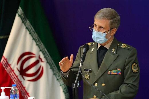 وزیر دفاع: دشمنان انقلاب بدانند که ارتش و سپاه همچون ید واحد در مقابل نظام سلطه ایستادهاند
