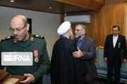 عکس | تصاویر اعطای نشان خدمت برجام به شهید فخریزاده توسط رئیسجمهور