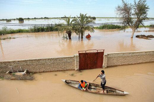 ببینید | روحیه دادن خوزستانی ها به هم در شرایط سخت سیلاب