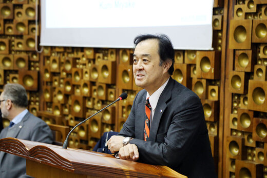 ژاپن:عجیب بود توکیو درباره برجام پیش قدم نشد/ما هم باید عضوی از مذاکره باشیم