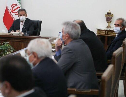 لزوم پرهیز از تاثیر مسائل سیاسی در روابط اقتصادی/ کشورهای همسایه هدف اصلی صادرات ایران