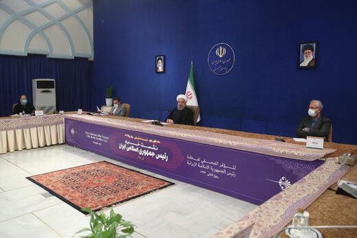 روحانی: نمیگذاریم پایان تحریمها به تأخیر بیفتد/چرا حمله کنندگان به دولت تشویق میشوند؟