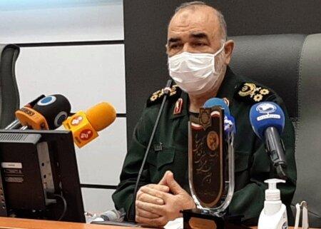 فرمانده کل سپاه: رد و بدل شدن آتشها تعیین کننده نیست /حصر اقتصادی برای ما شکست نمیآفریند