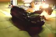 ببینید | لحظه تصادف شدید در پمپ بنزین و فرار ماشینها از انفجار