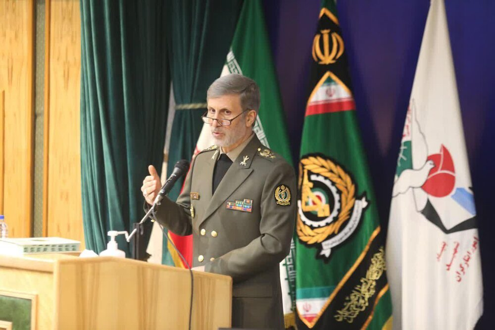 روایت وزیر دفاع از توانمندی های موشکی نیروهای مسلح