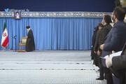 ببینید | لحظه ورود رهبر معظم انقلاب در دیدار خانواده شهید سلیمانی