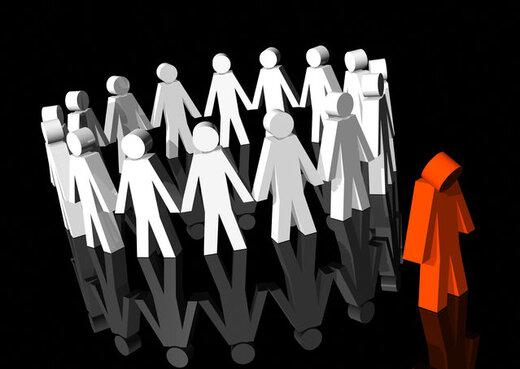"""کم شنوایی رابطه ی مستقیمی با """"تنهایی و انزوا"""" دارد"""