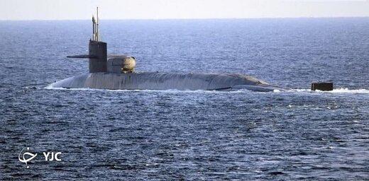 رصد زیردریایی مجهز به موشک و ناوگان جنگی آمریکا در خلیج فارس توسط سپاه پاسداران و ارتش ایران +عکس