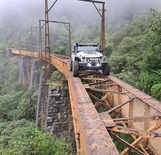 (عکس) جاده عجیب و ترسناک