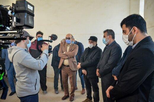 بازدید معاون فرهنگی سازمان منطقه آزاد اروند از پشت صحنه فیلم سینمایی «دسته دختران »