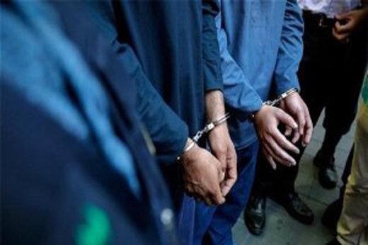 ببینید | دستگیری سارقانی که حتی به سمعک مردم هم رحم نمیکردند