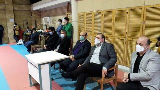 برخورد بد معاون وزیر با خبرنگاران در تمرین تیم ملی کاراته
