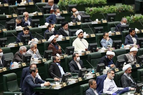 داستان های پرحاشیه مجلس؛ اینبار غافلگیری بودجه ای /تناقضات مخالفان کلیات بودجه