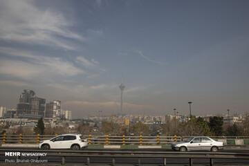 تداوم آلودگی هوای پایتخت/ ازن دست از سر تهران بر نمی دارد