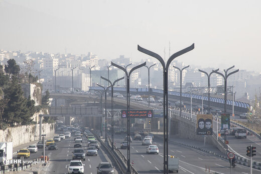 ادامه آلودگی هوای تهران؛ گروههای حساس از خانه بیرون نروند