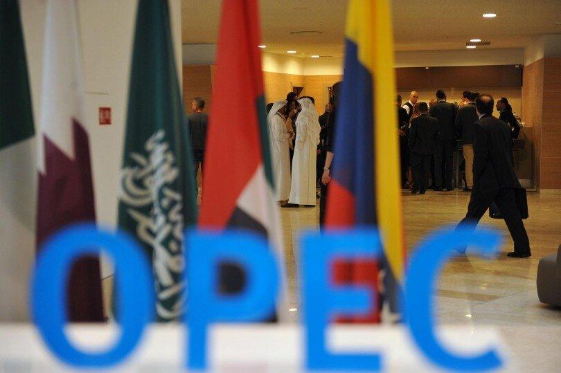 چرا نشست اوپک پلاس به دور دوم کشید/ امارات چه می خواهد؟