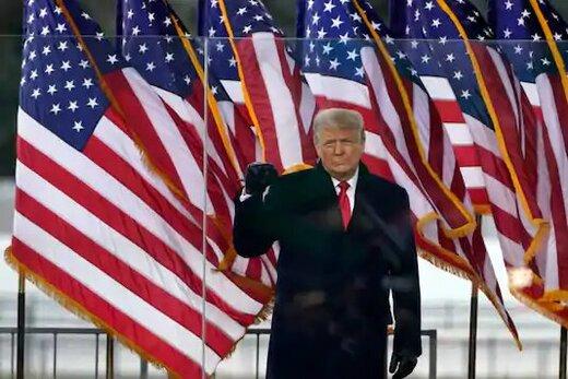 شهردار نیویورک و قانونگذاران نیویورکی:به هر طریقی ترامپ را برکنار کنید