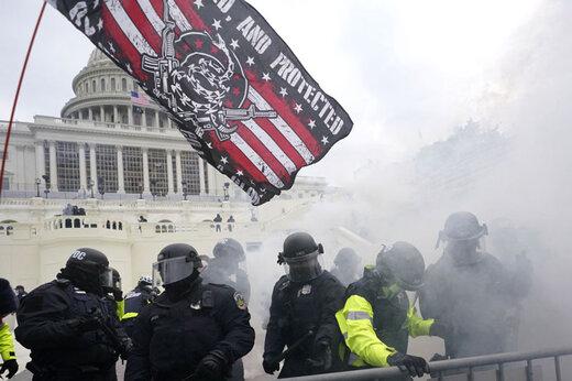آیا آمریکا میتواند خود را از سراشیبی سقوط نجات دهد؟