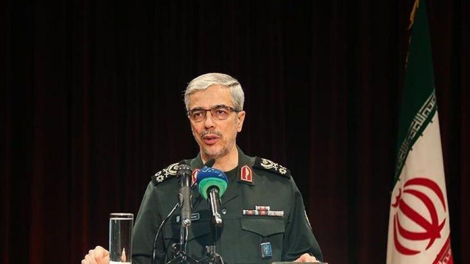 سرلشکر باقری: بخش زیادی از پیشرفتهای دفاعی در معرض دید عموم قرار نمیگیرد