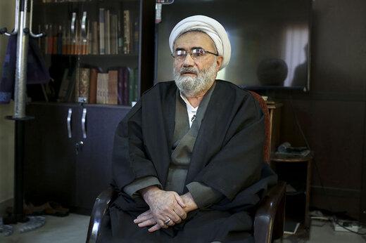 مسیح مهاجری: روحانیون به کارهای تقنینی و قضایی اکتفا کنند و ریاست جمهوری را به دیگران واگذار کنند