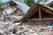 ببینید | دختری در زیر آوار ساختمان فروریخته پس از زلزله مهلک در جزیره سولاوسی اندونزی