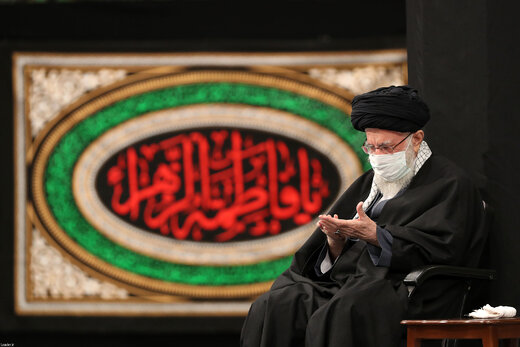 آخرین شب مراسم عزاداری حضرت فاطمهزهرا (س) در حضور رهبر انقلاب